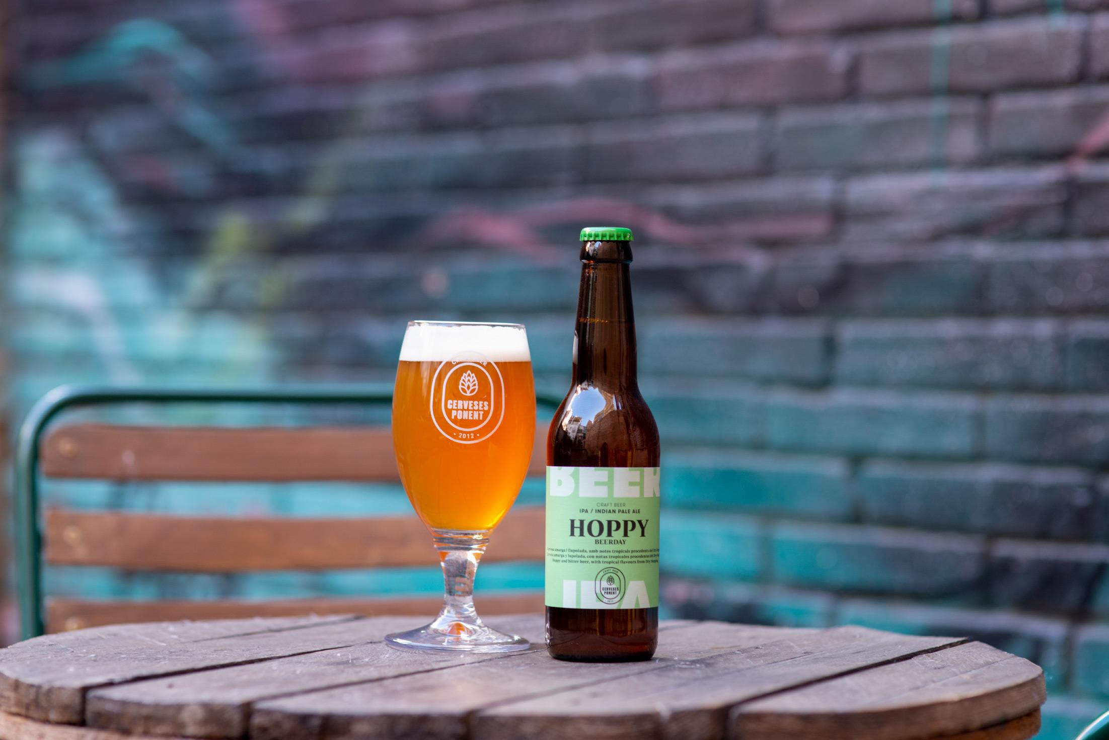 Latipo_Branding_Packaging_Cerveses-Ponent-2019
